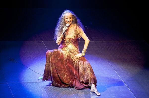 Maria Bethânia apresenta grandes sucessos da sua carreira nos Coliseus